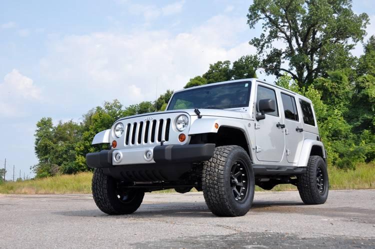 rough country suspension lift kit w performance shocks 2007 2016 jeep wrangler jk. Black Bedroom Furniture Sets. Home Design Ideas