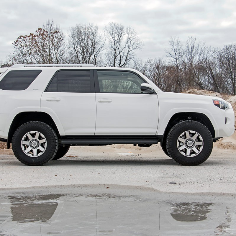 Lift Kits For Jeeps >> Rough Country 3in Suspension Lift Kit | 2010-2018 Toyota 4-Runner 4WD | Dale's Super Store