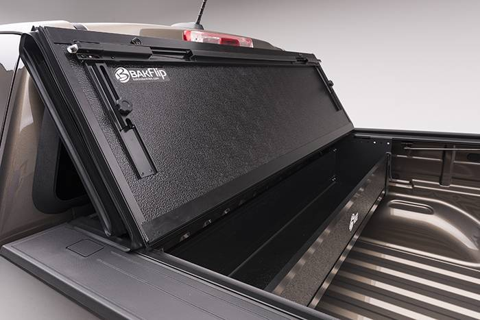 BAK Flip G2 Tonneau Cover 226126 | 2015-2018 GM Colorado ...
