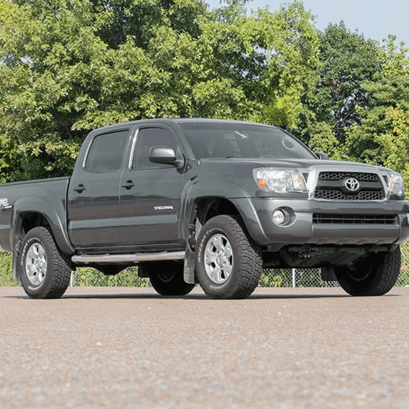 Rough Country 2in Leveling Kit (Red) | 2005-2018 Toyota