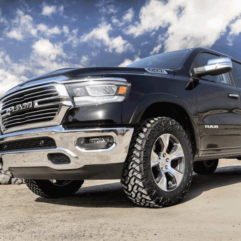 2019 Ram 1500: Rough Country 2in Leveling Lift Kit