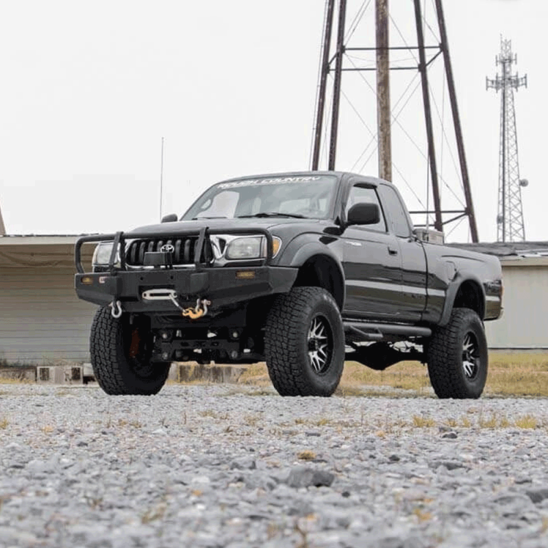 Rough Country 6in Suspension Lift Kit | 1995-2004 Toyota