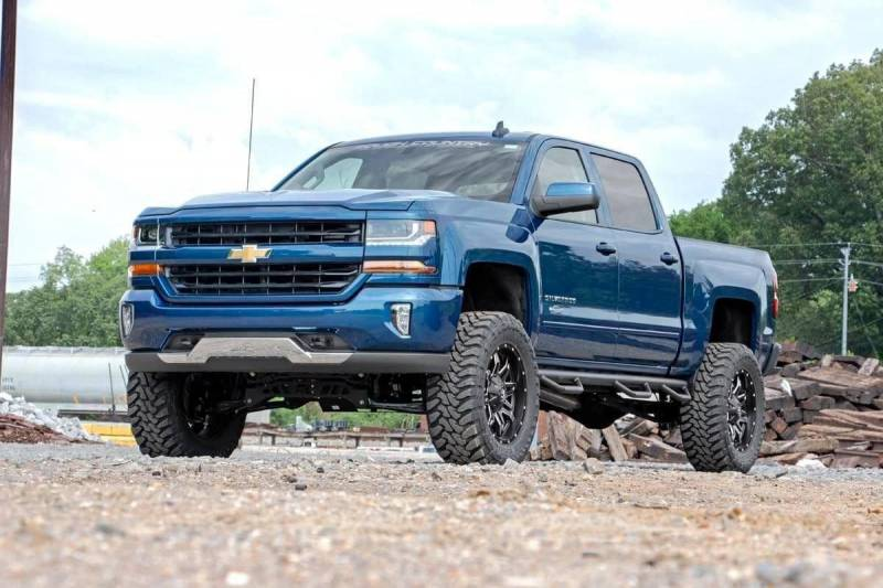 Rough Country 7in Suspension Lift Kit | 2018 Chevy/GMC ...