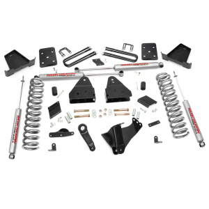 Rough Country 4.5 IN Suspension Lift Kit for 2015-2016 Ford Powerstroke F-250 4WD | Dale's Super Store